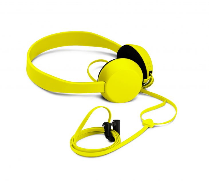 700-coloud-knock-for-nokia-wh-520-yellow
