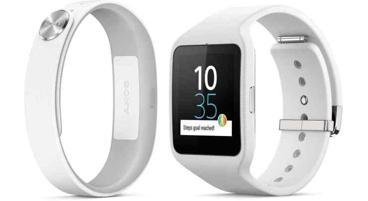 smartband-talk-swr30-smartwear-from-sony-24621c826c9cee55c124897c88f60ba7-620x2